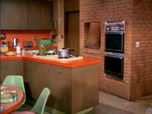 brady-bunch-kitchen