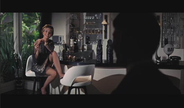 OMG look at those bar stools!