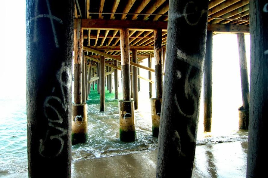 DSC_0193-under-the-pier
