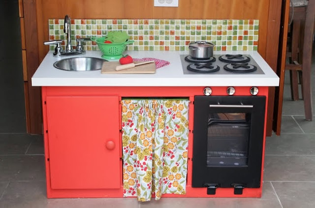 A Mini-Me Kitchen for a Little Chef